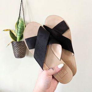 DOLCE VITA Black Criss Cross Slide Sandals Size 7